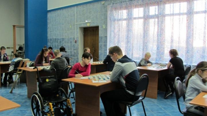 Курганцы стали лучшими по шахматам и шашкам в Волгограде