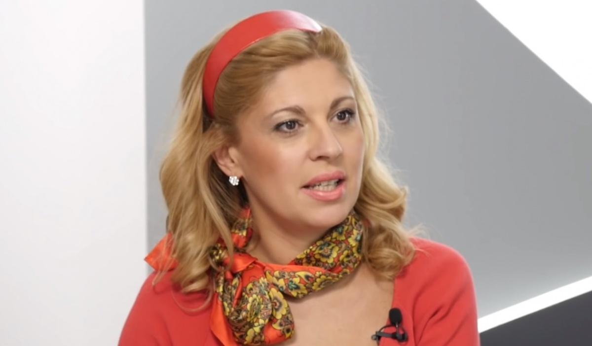 Элада Нагорная находится за границей