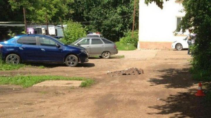 В Уфе водитель насмерть сбил женщину и скрылся