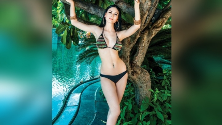 Яркая брюнетка из Красноярска стала обладательницей титула «Лучшая фигура» на конкурсе в Индии