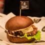 «Тимати приедет через три недели»: в Перми открылся ресторан Black Star Burger
