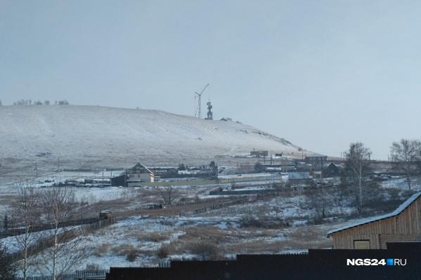 Незнающие о планах епархии местные жители боялись, что на горе может появиться промышленный объект