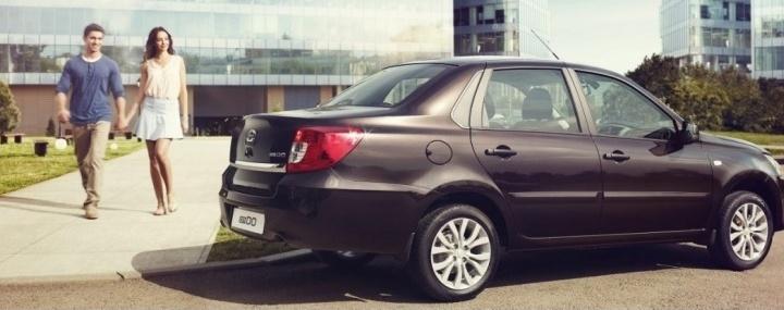 Японский седан Datsun on-DO в августе можно купить с большой выгодой