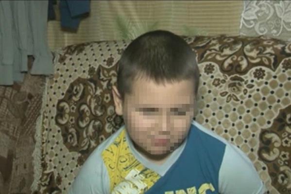 9-летний Савелий лишился глаза в полтора года, ему поставили страшный диагноз — рак сетчатки