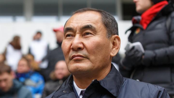 «Он пока держится»: генерал Михаил Музраев дождался шанса выйти из СИЗО