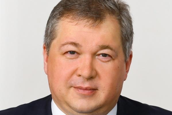 Янин был в должности министра здравоохранения с 2008 года