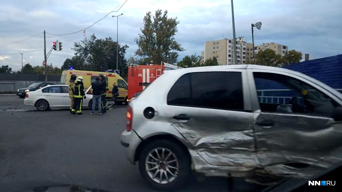 Сильно пострадали обе машины