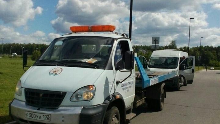 В Уфе дорожные полицейские поймали водителя маршрутки без прав