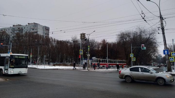 У проблемных светофоров на Ташкентской — Стара-Загоре уменьшат время работы