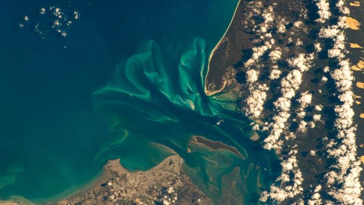 Земля, какой вы ее никогда не видели! 25 фото, сделанных Сергеем Прокопьевым из космоса