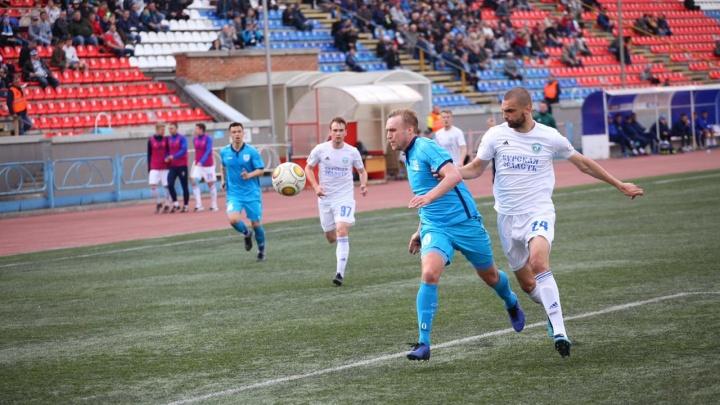 Новосибирские футболисты обыграли курский «Авангард»