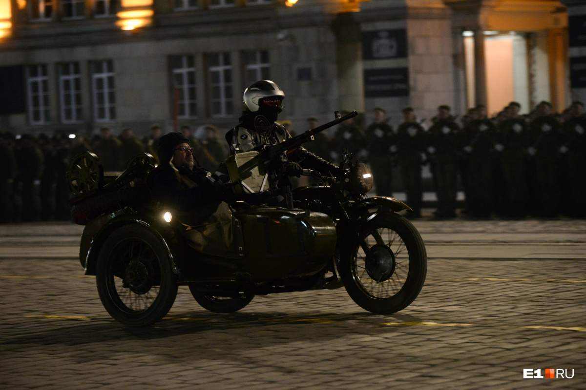 Мотоциклы принимают участие в параде впервые