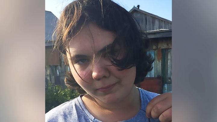 На ОбьГЭСе пропала 14-летняя девушка с зелёными глазами