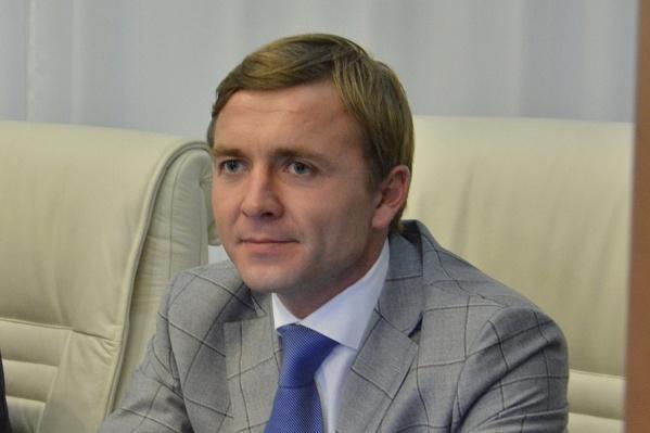 Михаила Арзуманова избрали депутатом краевого парламента в 2016 году. В Заксобрании депутат является членом группы по совершенствованию законодательства по патриотическому воспитанию молодежи