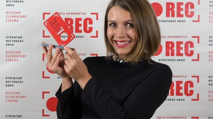 Лучший молодой режиссёр Новосибирска предложила дарить новогодние фильмы