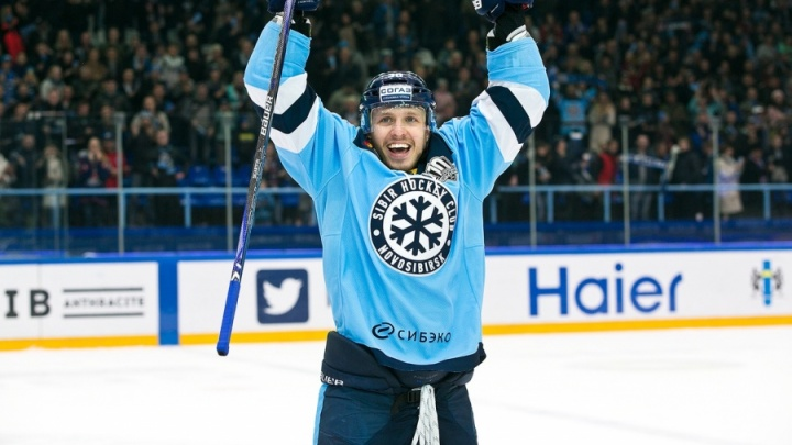 Хоккей: «Сибирь» отказалась от бывшего нападающего питерского СКА