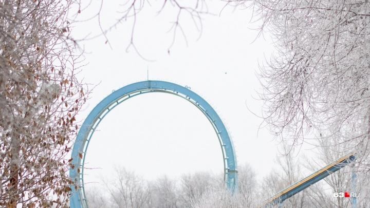 Волшебный лес в центре Самары: изморозь изменила городской ландшафт до неузнаваемости