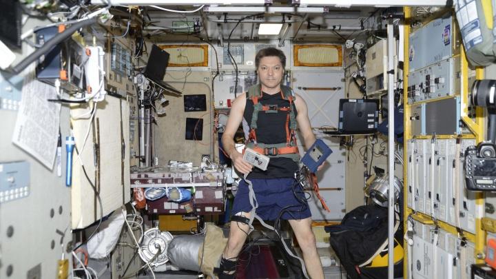 Самарец Олег Кононенко побегал по Международной космической станции