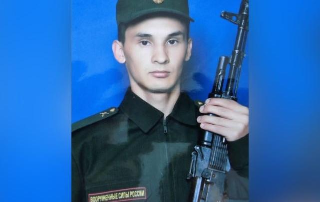 Отец пермского солдата, покончившего с собой в Екатеринбурге, подал иск в 1 млн рублей к Минобороны