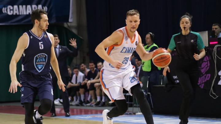 «Пятая победа подряд»: баскетболисты «Самары» разгромили ижевский «Купол-Родники»