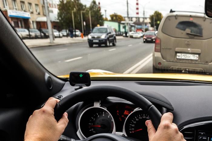На покупку автомобилей налоговая служба готова потратить больше 5 млн рублей
