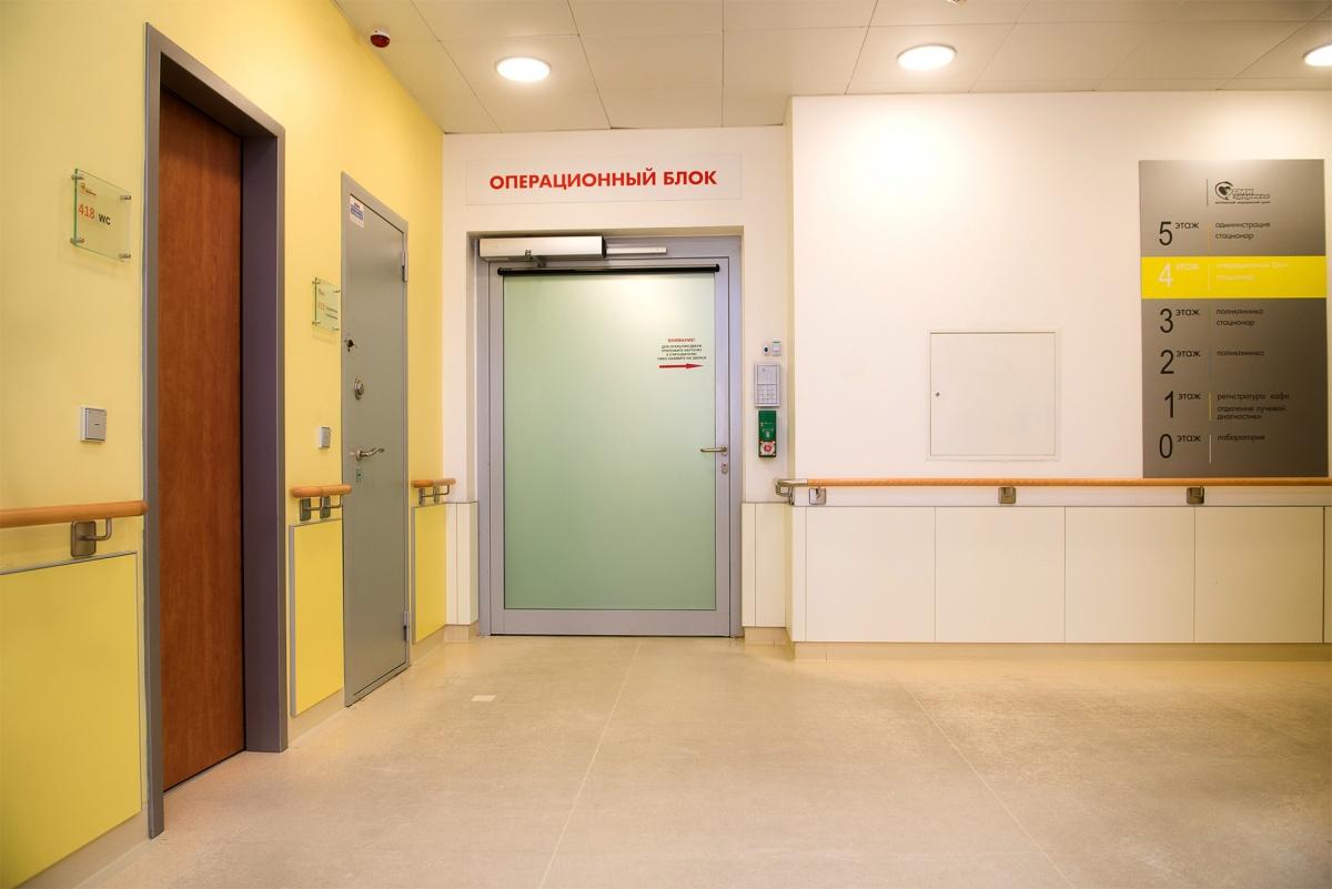 В год в клинике «УГМК-Здоровье» проходит более 3500 операций