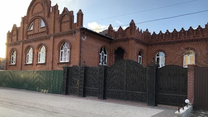 «Для дорогого объекта сложно найти жильцов»: как в Екатеринбурге пытаются сдать большие дома