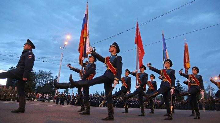 Накануне Дня Победы в Уфе перекроют еще одну улицу, а общественный транспорт пустят в объезд