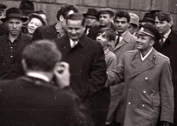 Взгляд в прошлое: вспоминаем приезд Юрия Гагарина в Красноярск 54 года назад