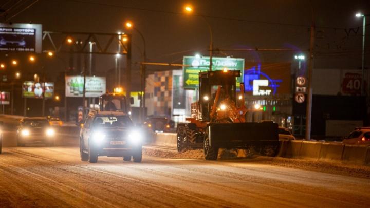 Не айс: Челябинск отказывается от реагентов, Питер возвращает — изучаем опыт уборки снега в регионах