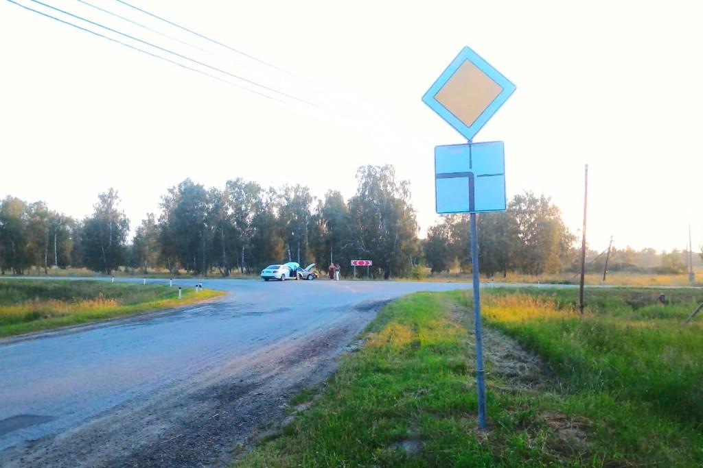 Перекресток находится около деревни Хомутинино
