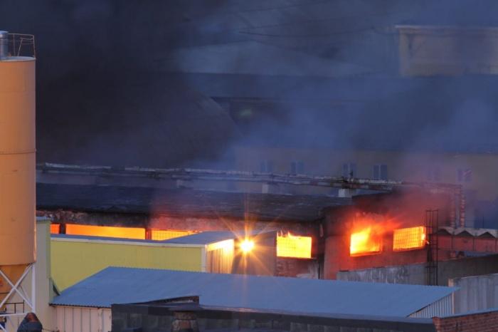 По предварительным данным, в пожаре никто не пострадал