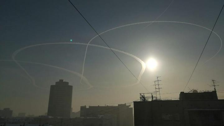 Туман на несколько часов заблокировал работу Толмачёво — самолеты нарезали круги над городом
