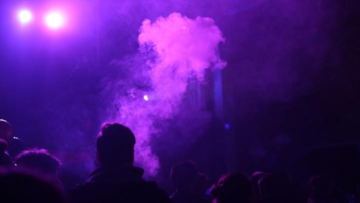 «Я ходила на такую вечеринку». Журналист НГС — о задержании организатора гараж-пати и бездействии чиновников