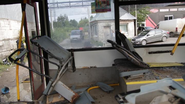 Техническая неисправность или нарушение ПДД? Все, что известно об аварии с автобусом на Гайве