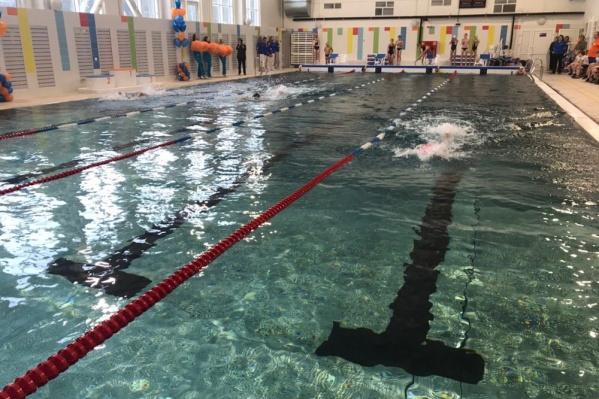 Длина бассейна 25 метров