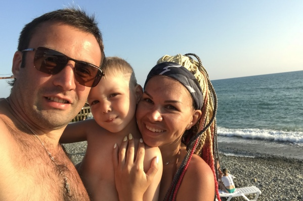 Анна сама настояла на разводе, а через год они с мужем снова сошлись. Теперь девушка считает, что их брак — это судьба