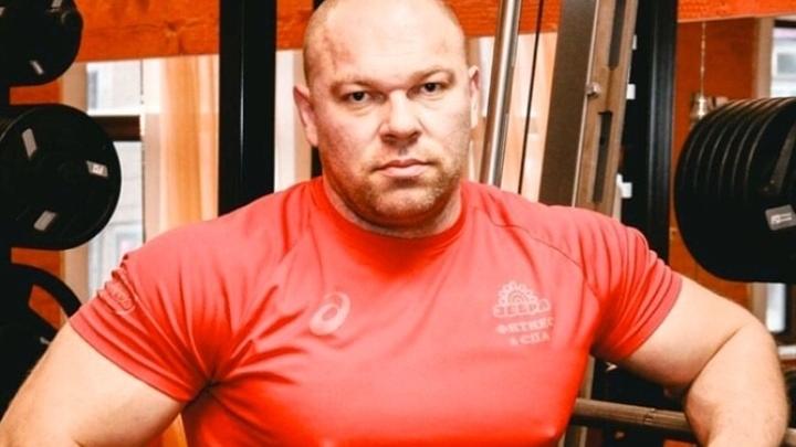 «Скорая приехала, но спасти его не удалось»: что случилось с чемпионом-тяжеловесом из Новосибирска
