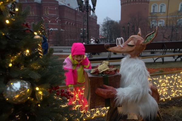 Маленькая Зарина стала героиней сразу двух рождественских историй и попала в сказку в канун Нового года