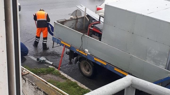 Только после смертельной аварии дорожники поставили знаки приоритета на выезде на Челябинский тракт