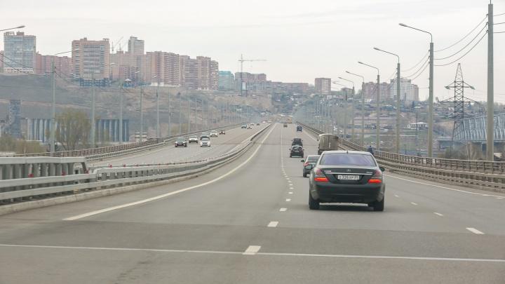 Камеры фиксации скорости появились на 4-м мосту