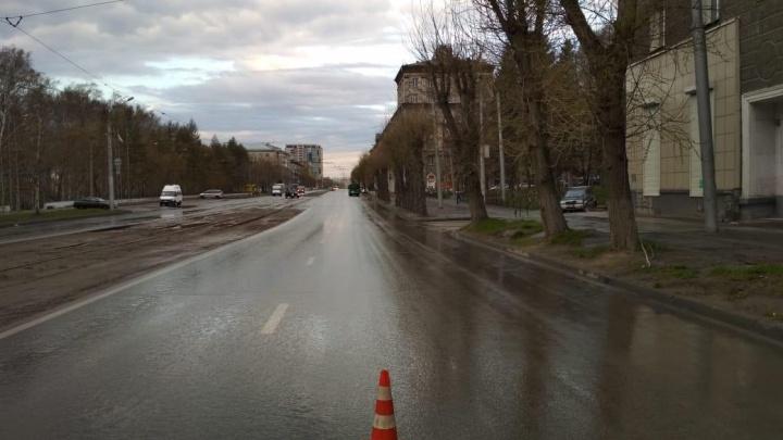 Мужчина попал под колёса «Газели» на проспекте Дзержинского