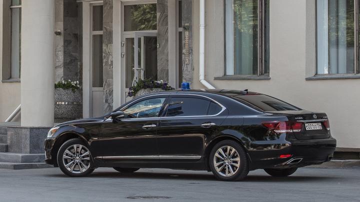 До 200 «лошадей»: в правительстве назвали характеристики машин, которые можно покупать