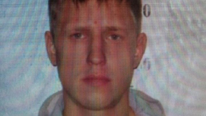 Его разыскивает полиция: вглядитесь в портрет подозреваемого
