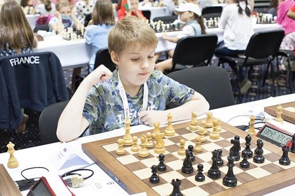 Захар Гуленко начал заниматься шахматами в пять лет