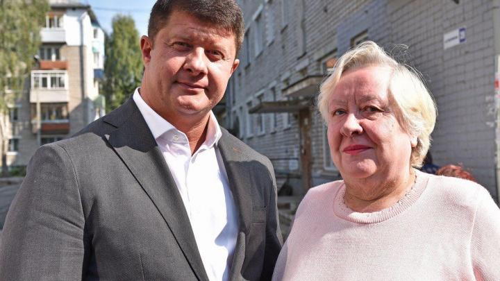 Ярославская пенсионерка криком добилась от мэрии ремонта во дворе