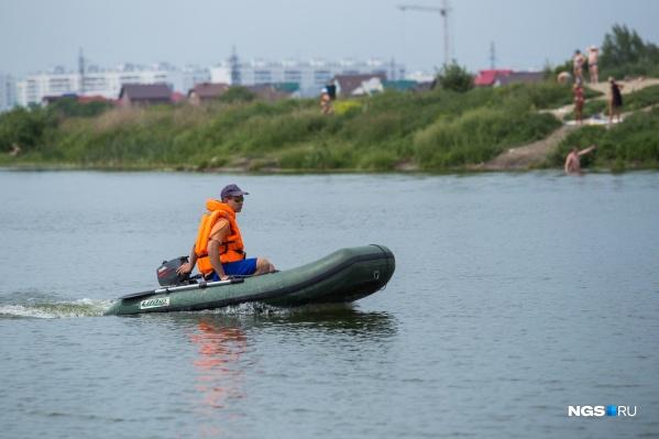 На необорудованных для купания местах поставят 33 дополнительных поста