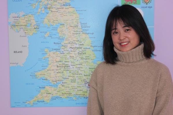 Рите 25 лет, она родилась и выросла в китайском городе Сычуань и ранее 4 года работала телеведущей