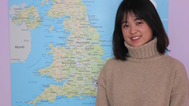 В школе №6 на Семафорной уроки английского ведет китаянка