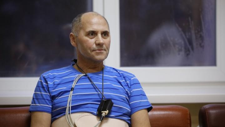 Новосибирские врачи спасли водителя от гигантской опухоли, поедавшей сердце